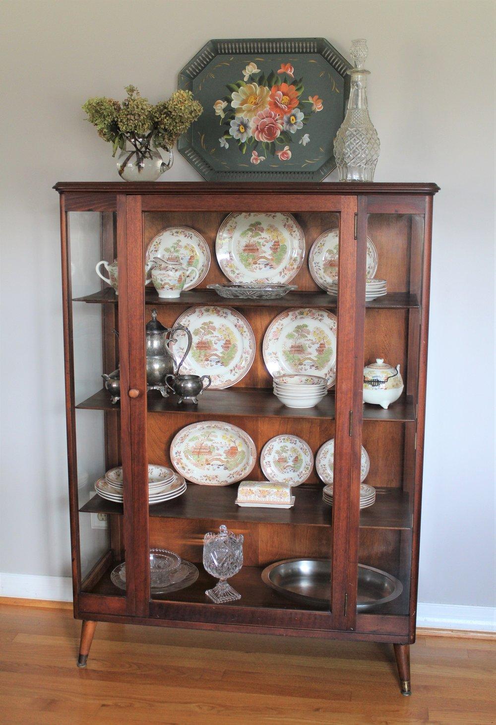 Vintage-Display-Cabinet-8.jpg