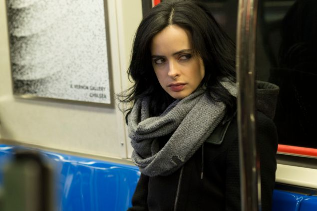 Krysten Ritter as Jessica Jones. (photo: Myles Aronowitz/Netflix)