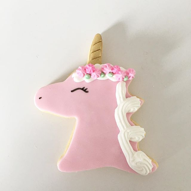 Unicorn cookies 🦄 These will be added to our sweet store over the weekend. If you haven't already check it out, it makes ordering so easy and quick!!