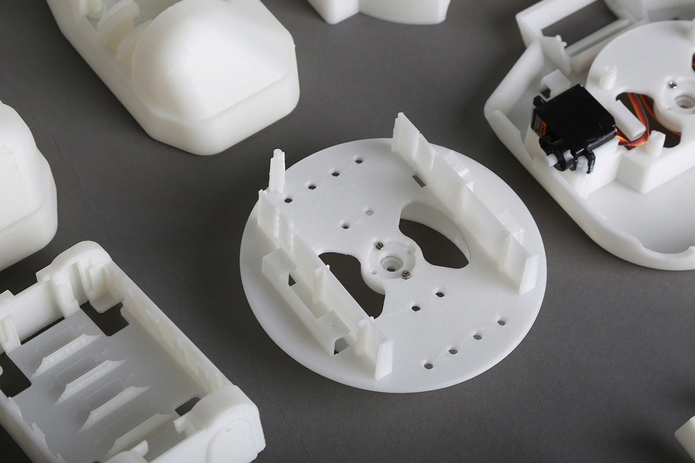 RAPIRO Robot printed by fullscale XT Plus