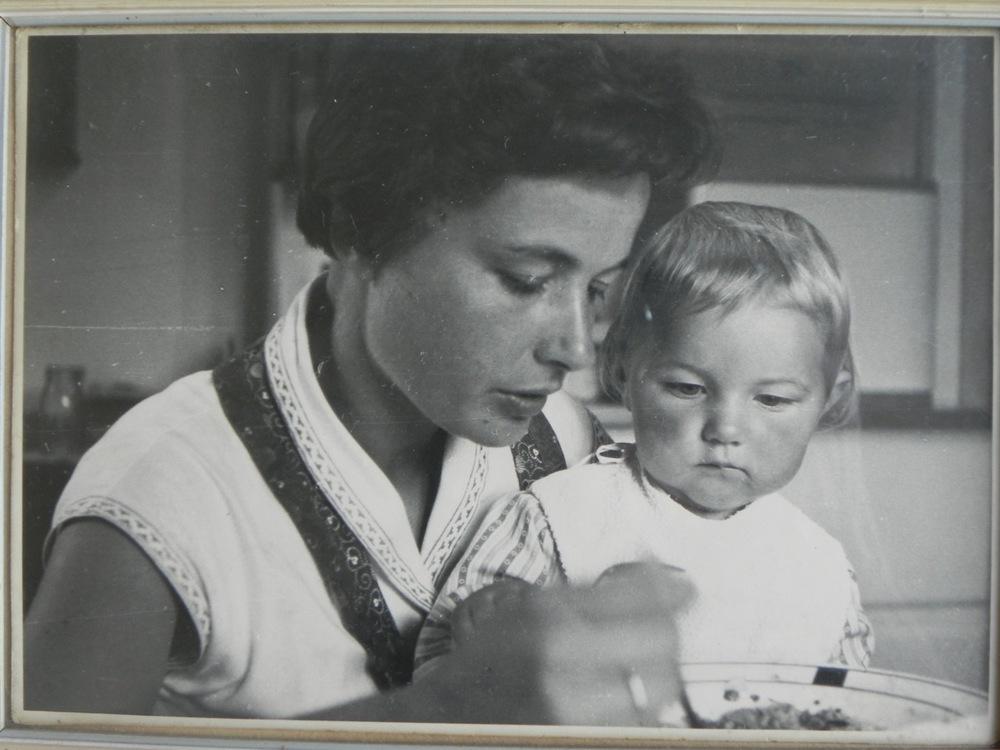 Kulinarische Frühprägung. Angelika Deutsch mit ihrer Mutter (Foto: privat)