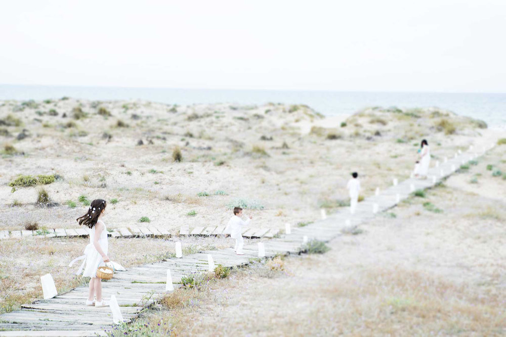 Barcelona destination wedding photographer Julia Malinowska