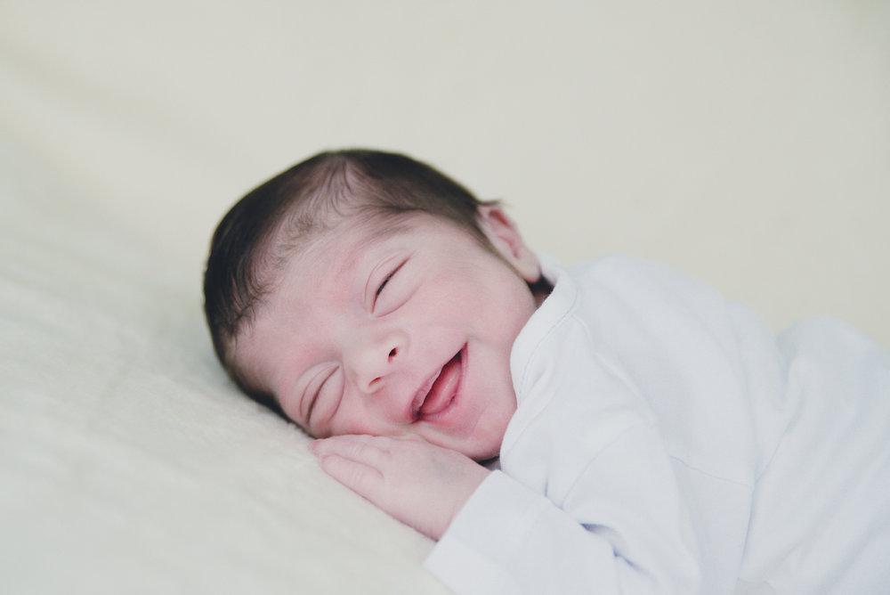 new_born _photo_barcelona_ julia_malinowska_2.jpg
