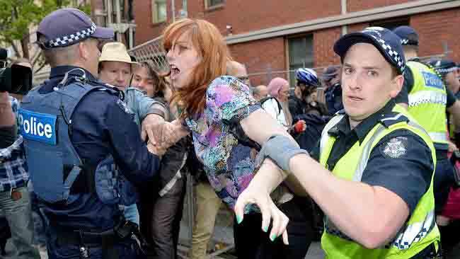 Struggle with police