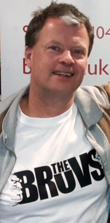 Ian Brown wearing The Bruvs t shirt
