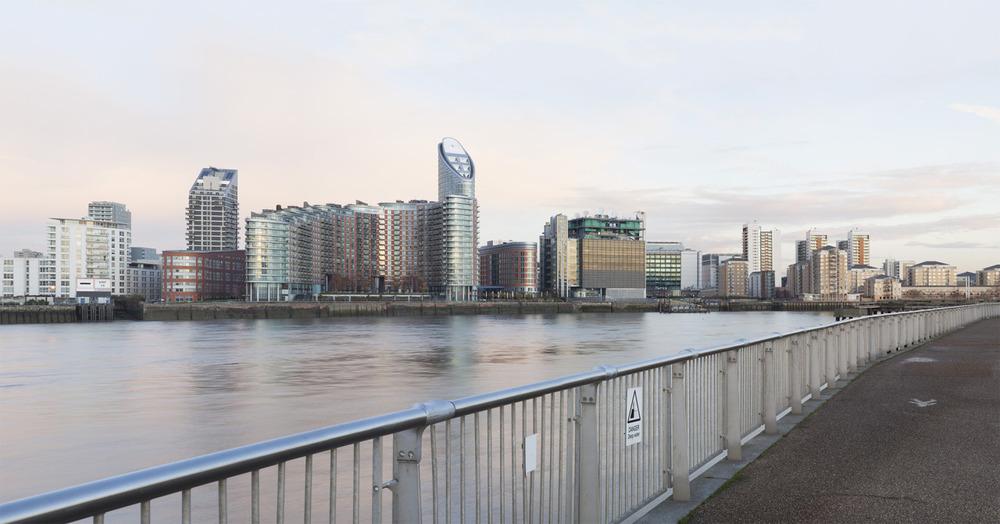 December Dawn, on the Thames Path.