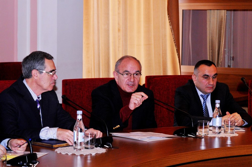 3 FAR Executive Director Garnik Nanagoulian delivering a speech.JPG