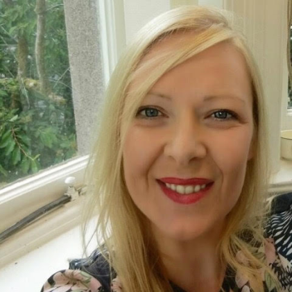 Dr Eileen Hogan