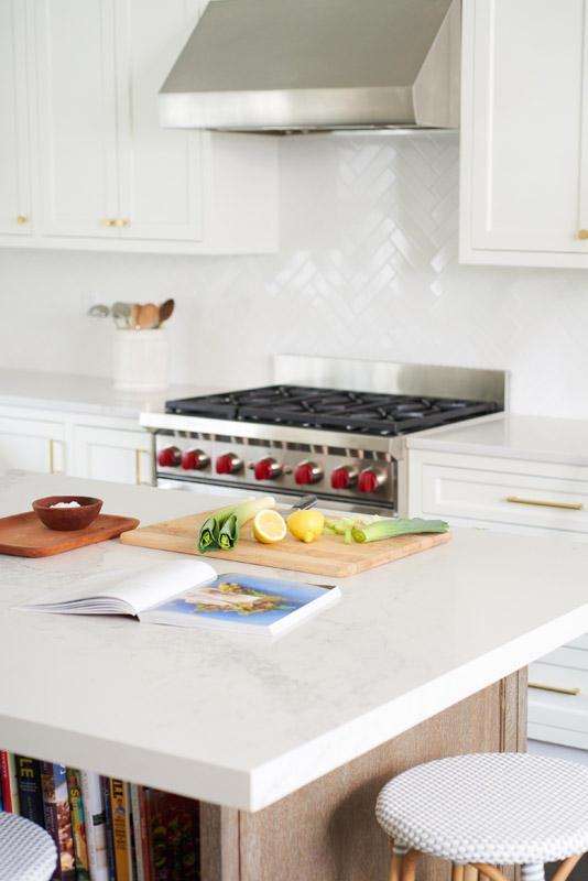 Hampton_Design_Southampton_Kitchen_Downs_Path_19.jpg