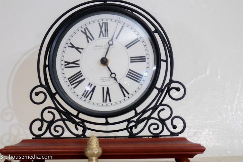 3rd-house-media-clock (1 of 1).jpg