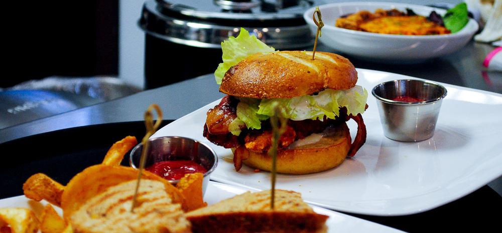 Burger Maras.jpg
