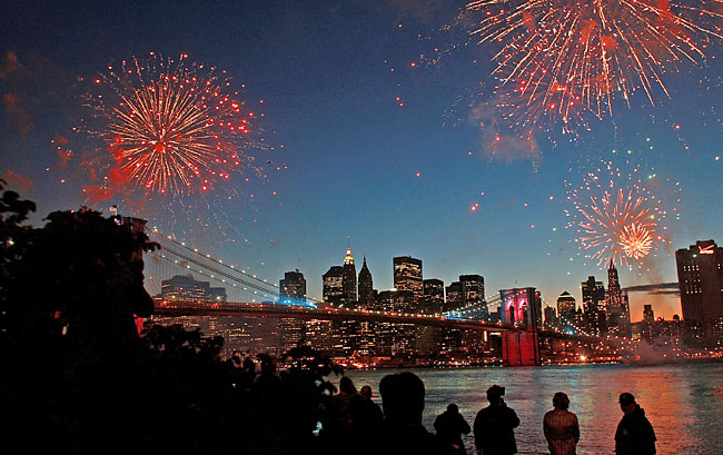 Spencer Platt/Getty Images   World Famous Macy's 4th of July Fireworks, East River, NYC
