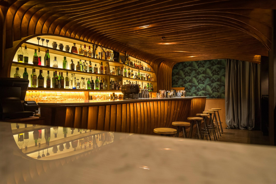 """12a.m. :  El Paradiso  """"I can't get enough of this luscious 'secret' bar."""" Carrer de Rera Palau, 4; M: Barceloneta"""