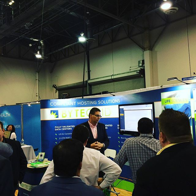 #nitorgroup CEO introduces demo for #rosettahealth at the #ByteGrid booth 4968 - great turn out! #HIMSS16 #HealthIT