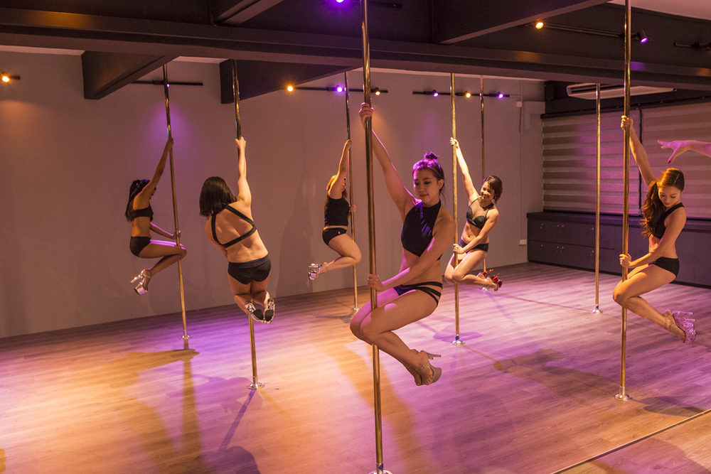 pole dancing singapore