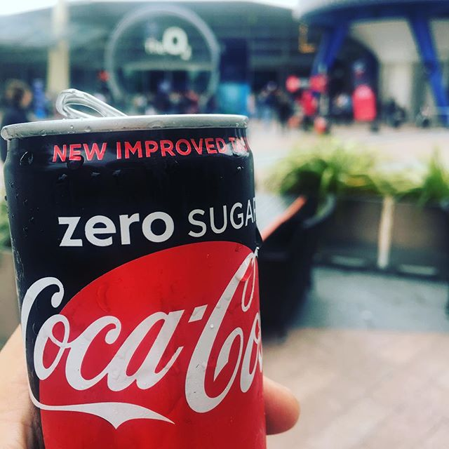 Try the refreshingly rebranded #cocacola #zeroSugar. #freeStuffMakesMePromoteThings #JournalisticIntegrityIt actually taste worse then before.