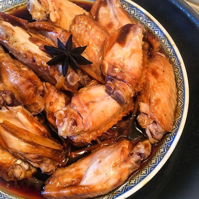 #CHinkedChef Steamed shiitake mushroom Wings - healthy way to get flavourful and tender wings. Perfect with a bowl of white rice.