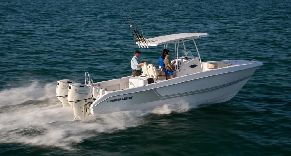 twinvee-power-catamarans-38.jpg