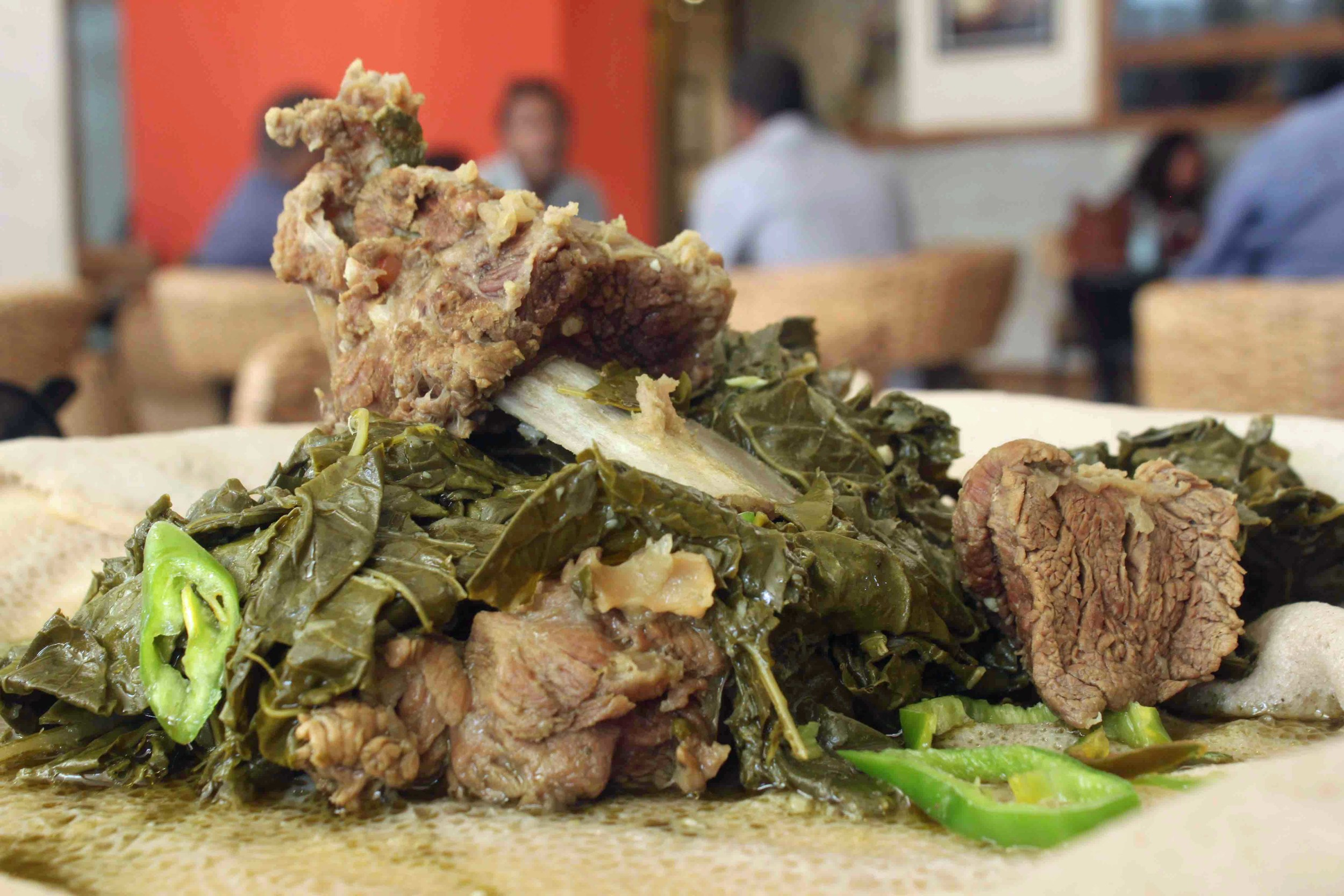'Gomen be siga' = Collared greens with beef