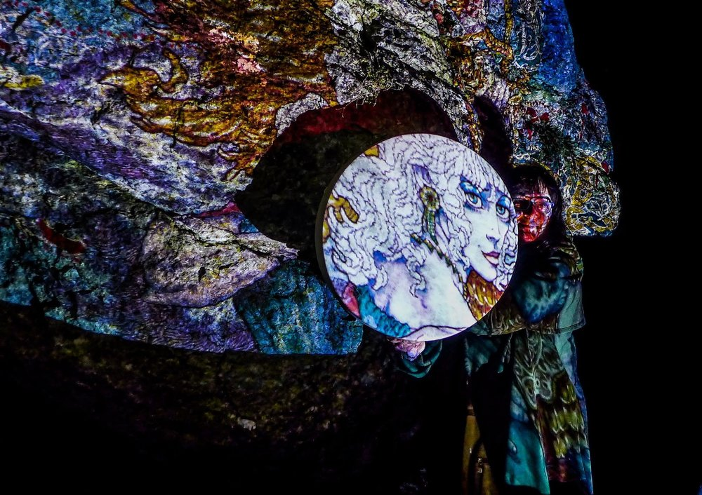 Ériu by Jim Fitzpatrick illuminating the Hill of Uisneach at the launch of the 2017 Herstory Light Festival. Photo credit: Killian Kennedy