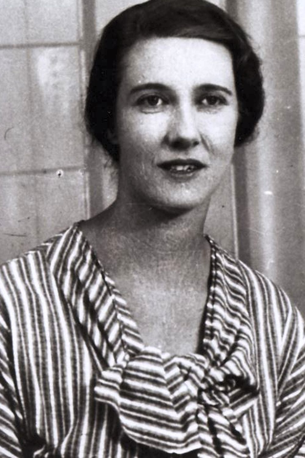 Mary Elmes in the 1940s.jpg