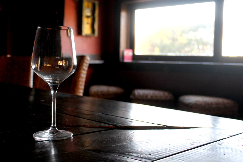 wineroomglass.jpg