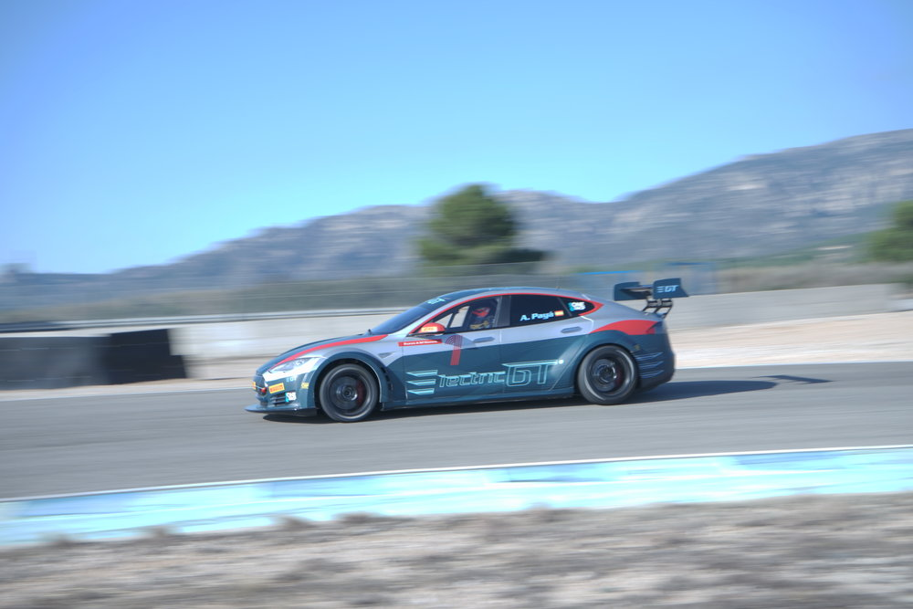 FRENTZEN IMPRESSED AFTER DRIVING ELECTRIC GT TESLA MODEL S