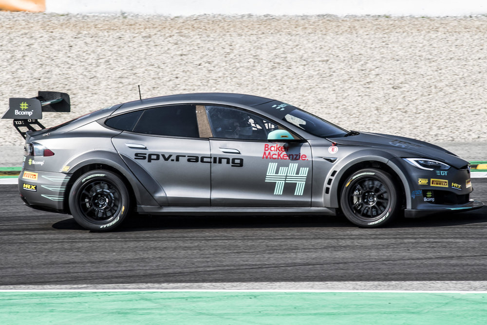 spv bcn car side track.jpg