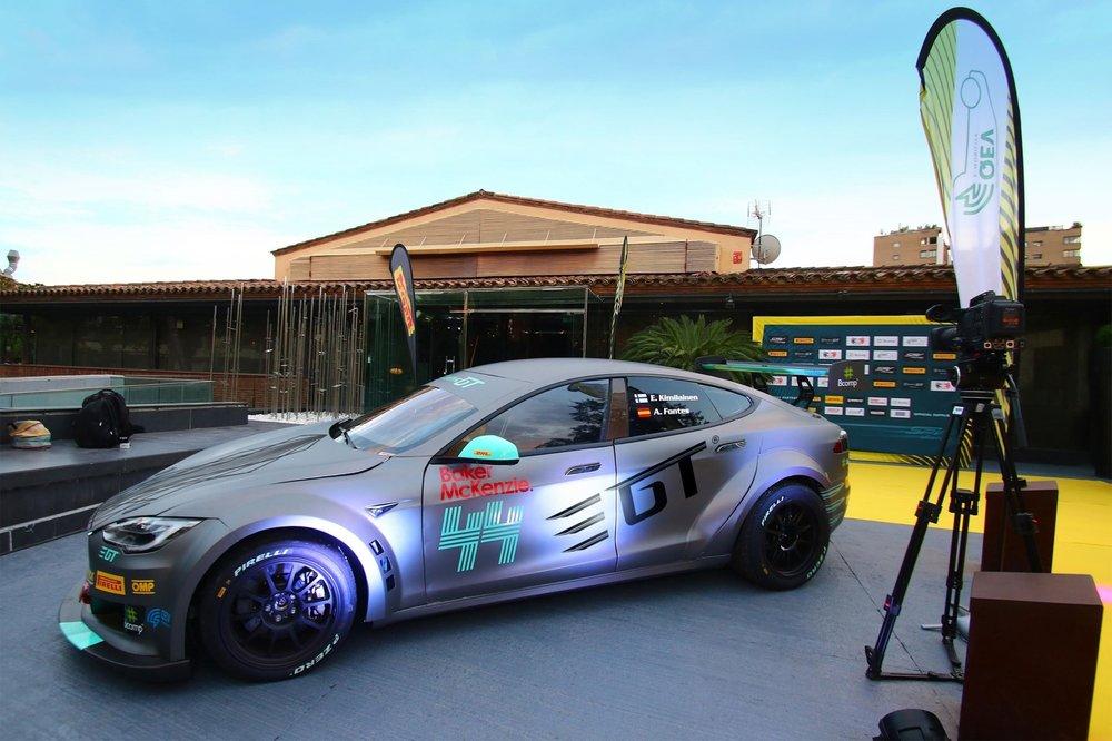 NEW-CAR-6low.jpg