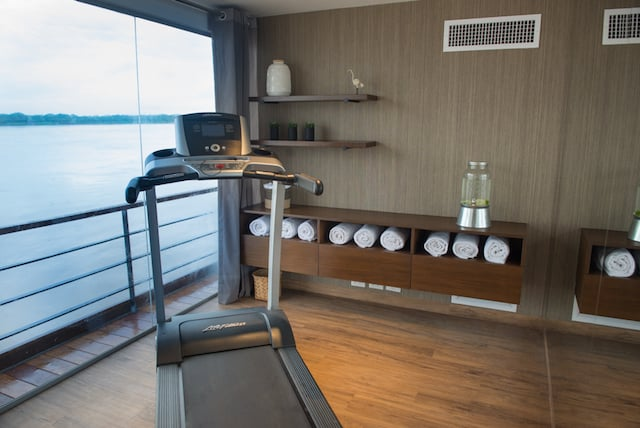 Zafiro Exercise Room