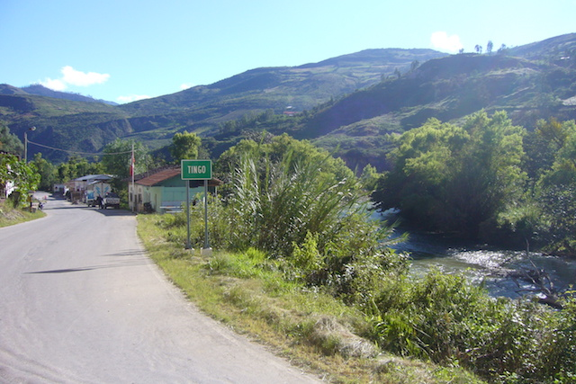 The village of Tingo lies on the Utcubamba River between Chachapoyas & Leymebamba.