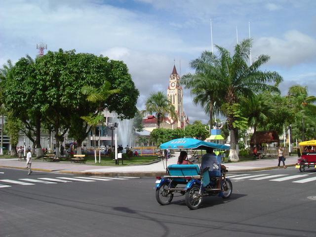 Iquitos, Loreto - Plaza de Armas.JPG