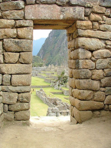 Low Altitude Machu Picchu - Inca Doorway