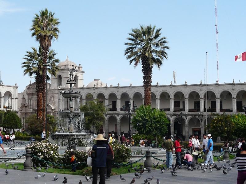 Arequipa & Colca Canyon 4D - Plaza de Armas.JPG