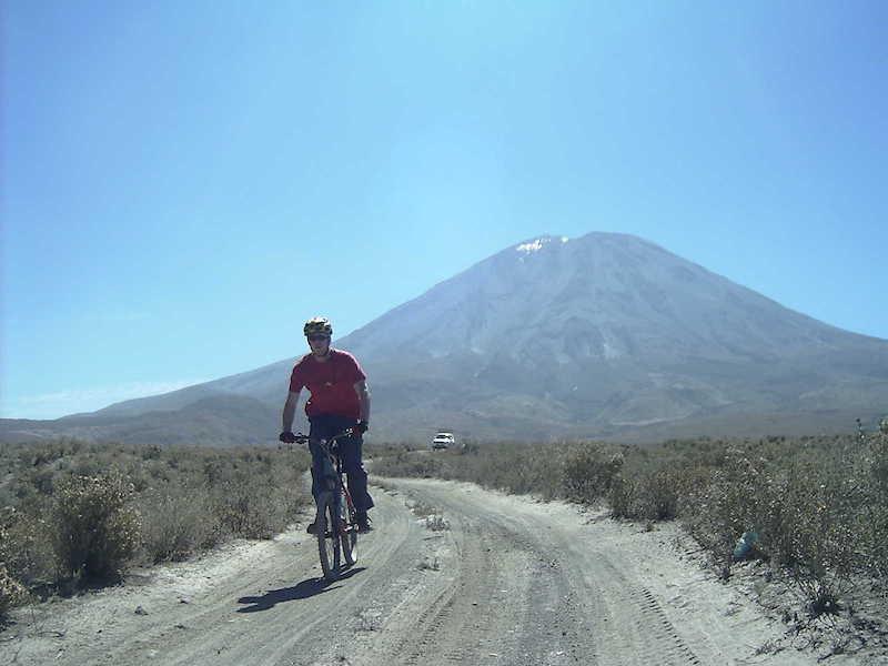 Arequipa & Colca 4D - Mountain Biking El Misti.JPG