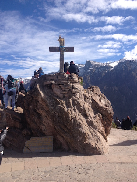 The cross at  Cruz del Condor .