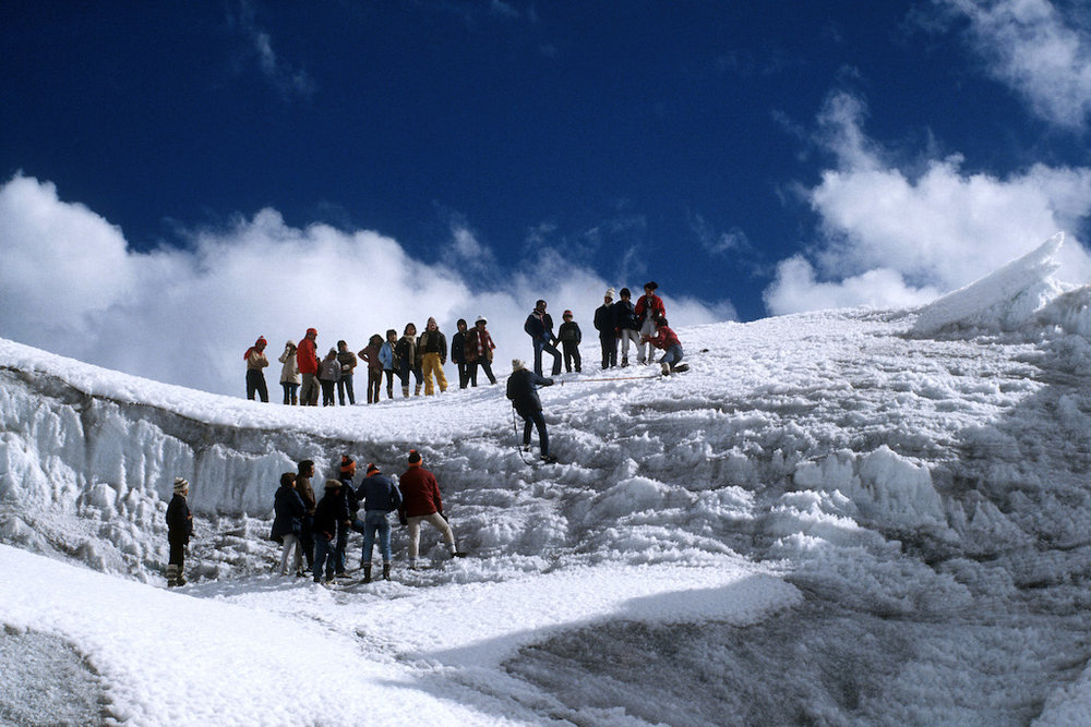 Visitors to Pastoruri Glacier.