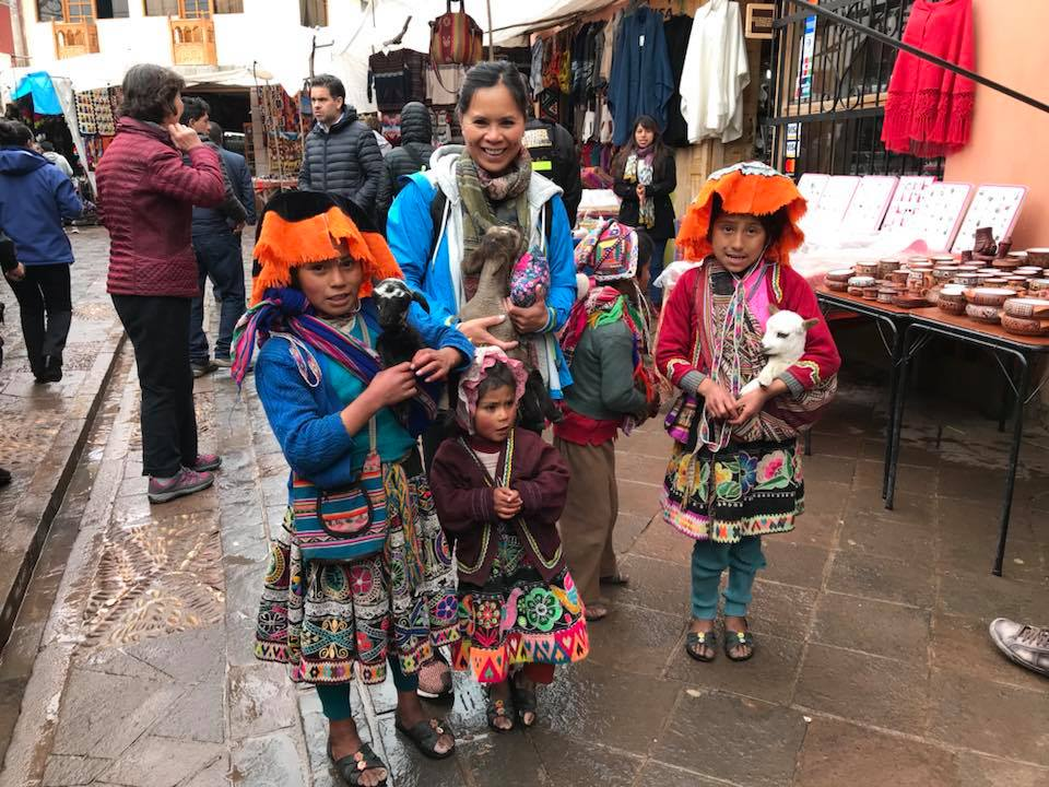 Pisac market was bright and colourful and it's quite an occupational hazard wanting to buy stuff that you don't need. Andy did say that's an everyday experience for me😂😂😂.