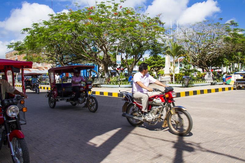 Motorbikes & mototaxis in Yurimaguas'  Plaza de Armas .