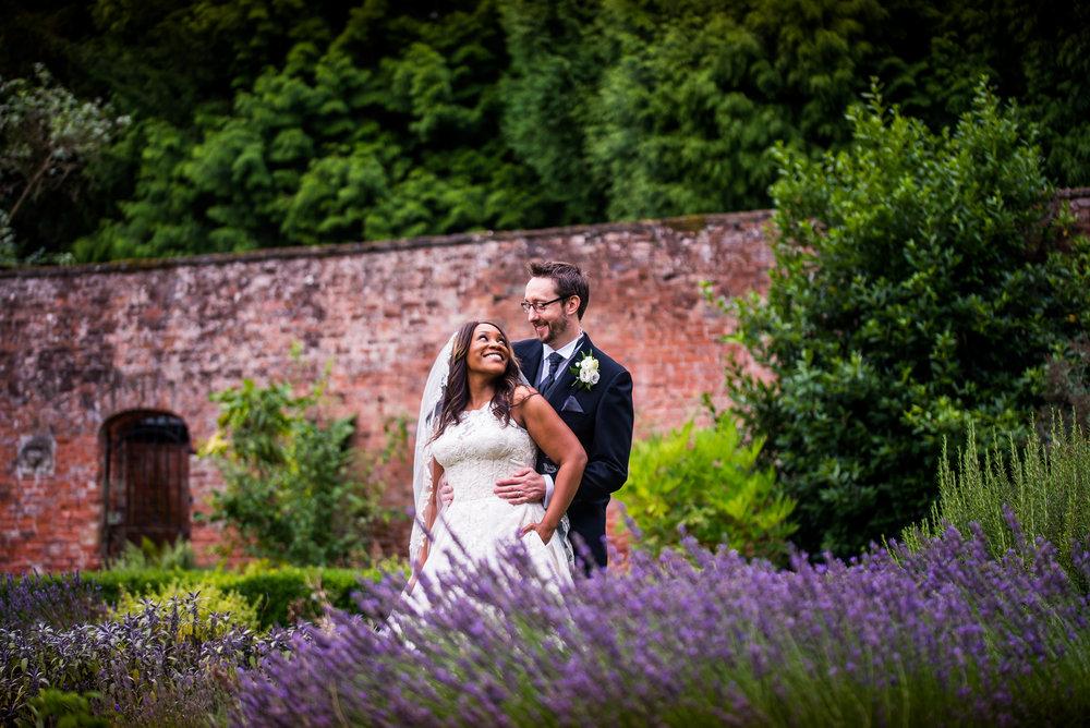 Nottingham wedding photographer14.jpg