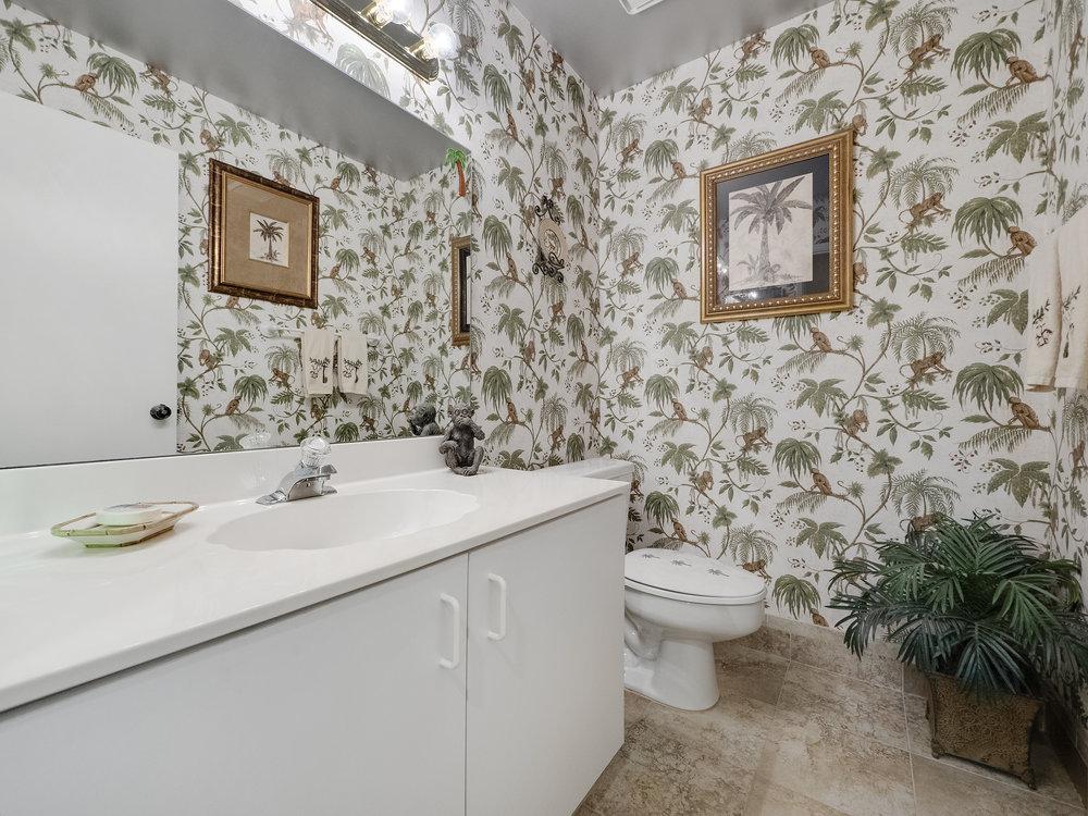 Bath - Half-Guest.jpg