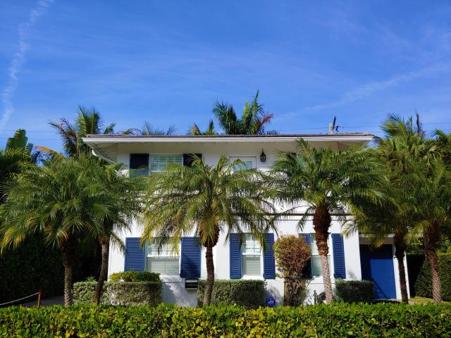 IN-TOWN POINCIANA   233 Oleander Avenue Palm Beach, FL 33480