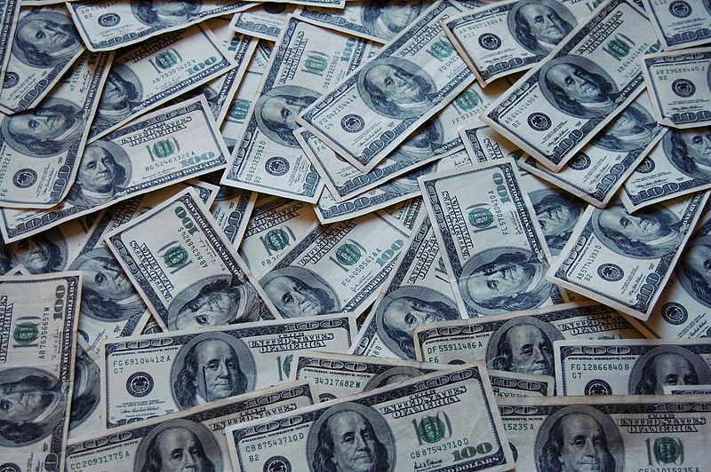 Image retrieved from https://commons.wikimedia.org/wiki/File:Money_Cash.jpg