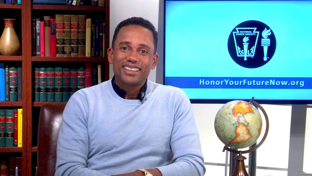 Bookcase-Monitor-Upstairs-HillHarper.jpg