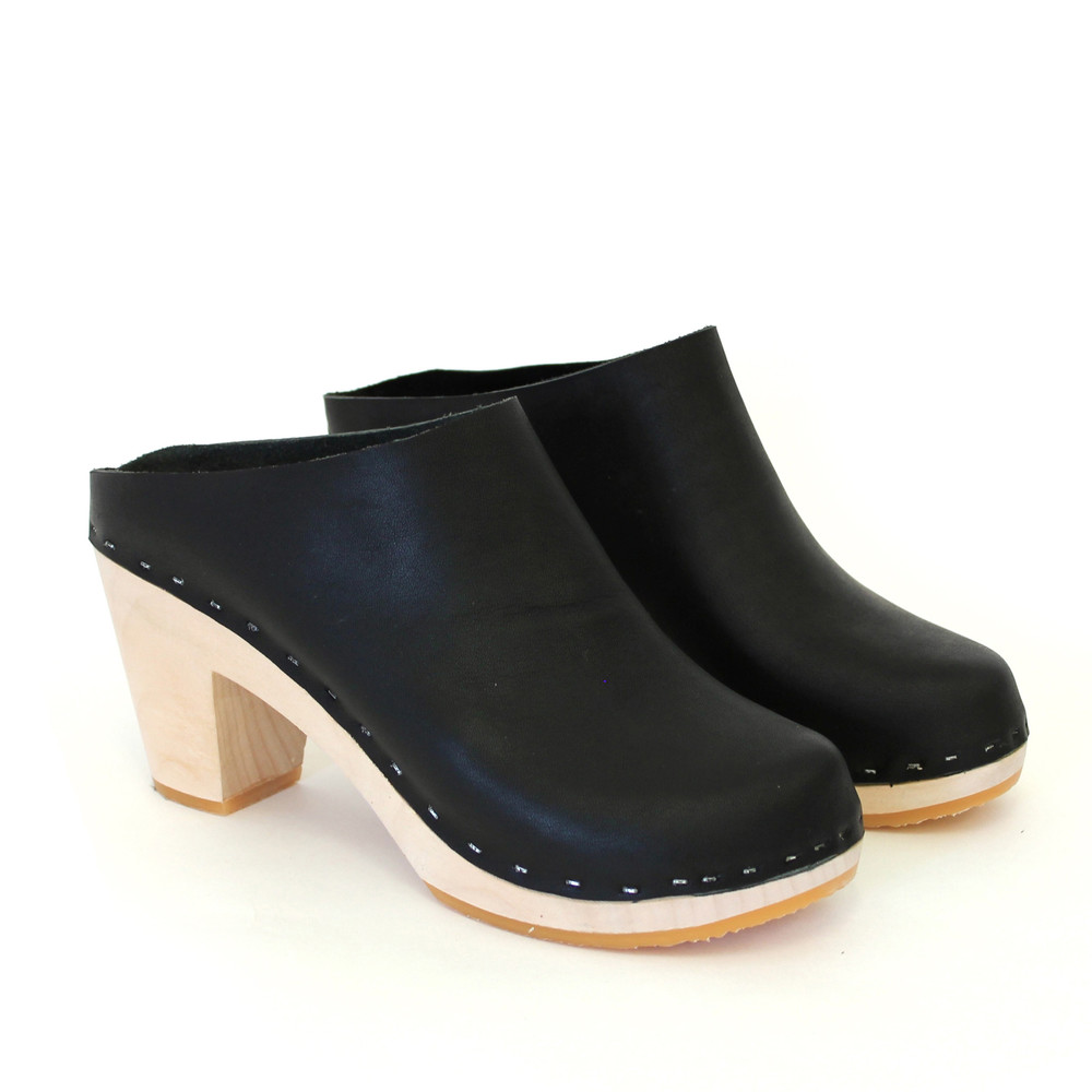 Bryr Chloe Closed Toe Clogs, $256