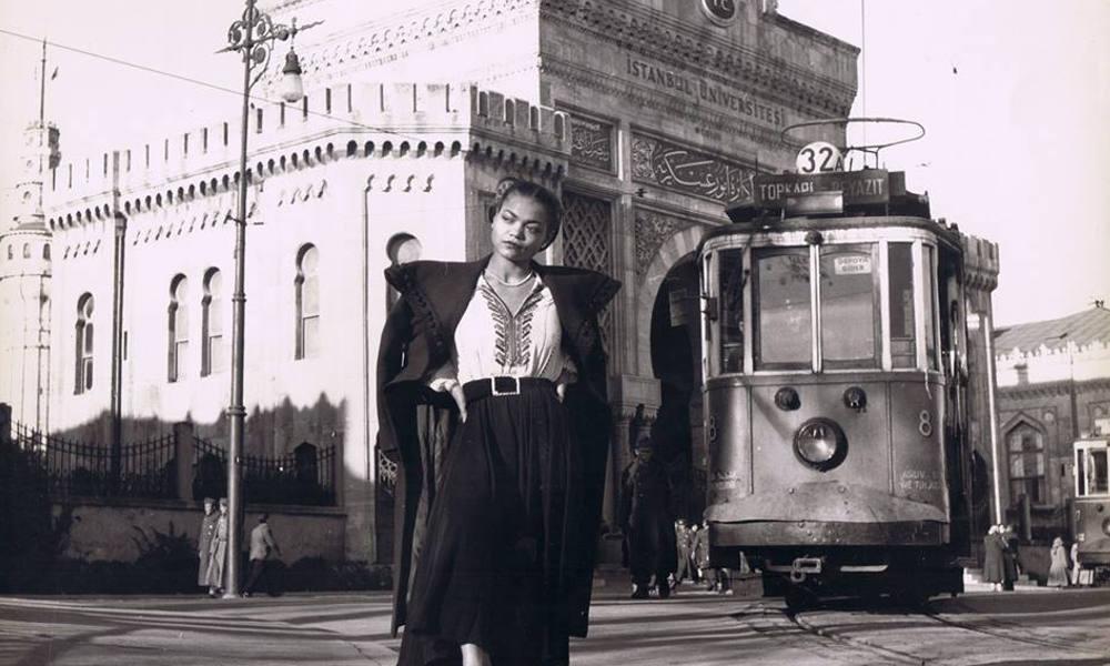 Photo via Metropolitan Circus & Vintage Black Glamour