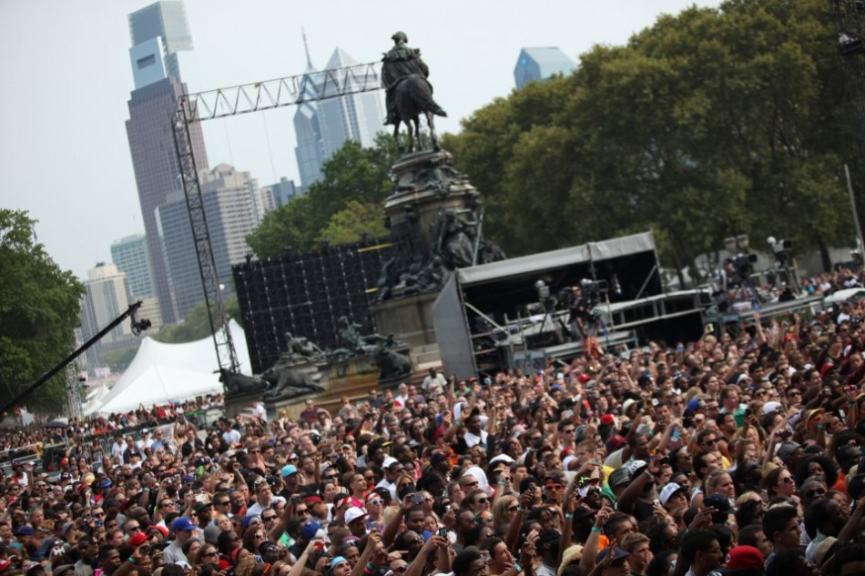 crowd-made-in-america-festival-gets-off-to-a-rocking-start.jpg