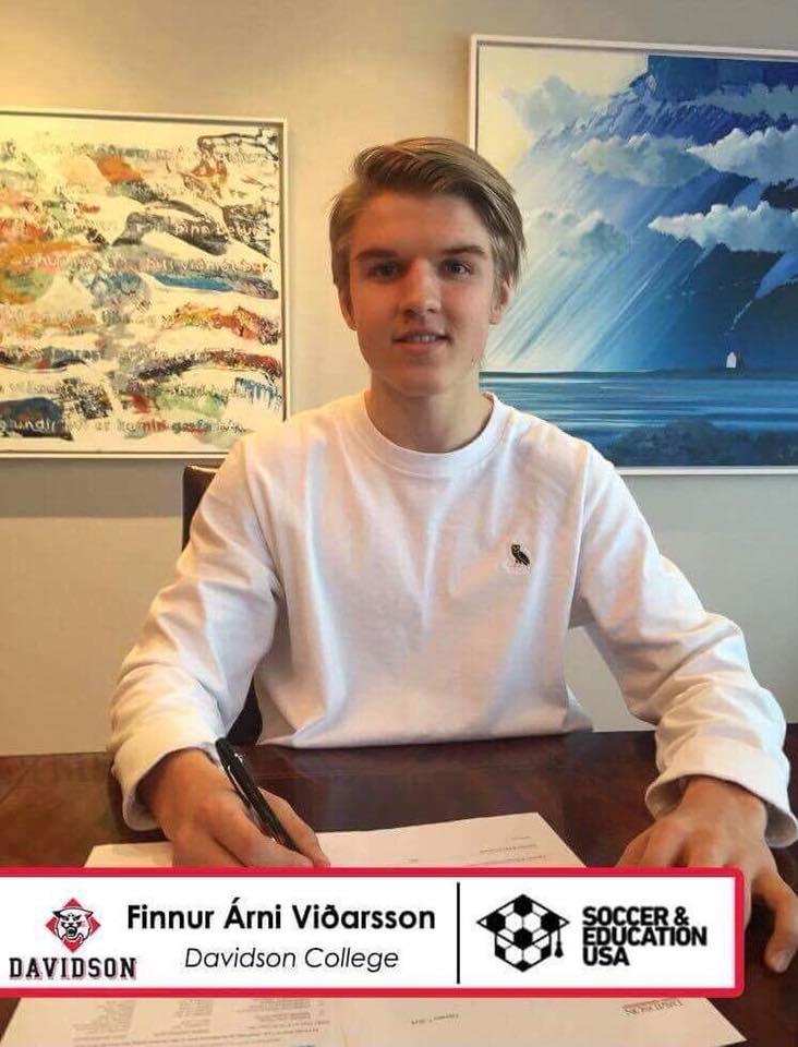 Finnur Árni - Davidson