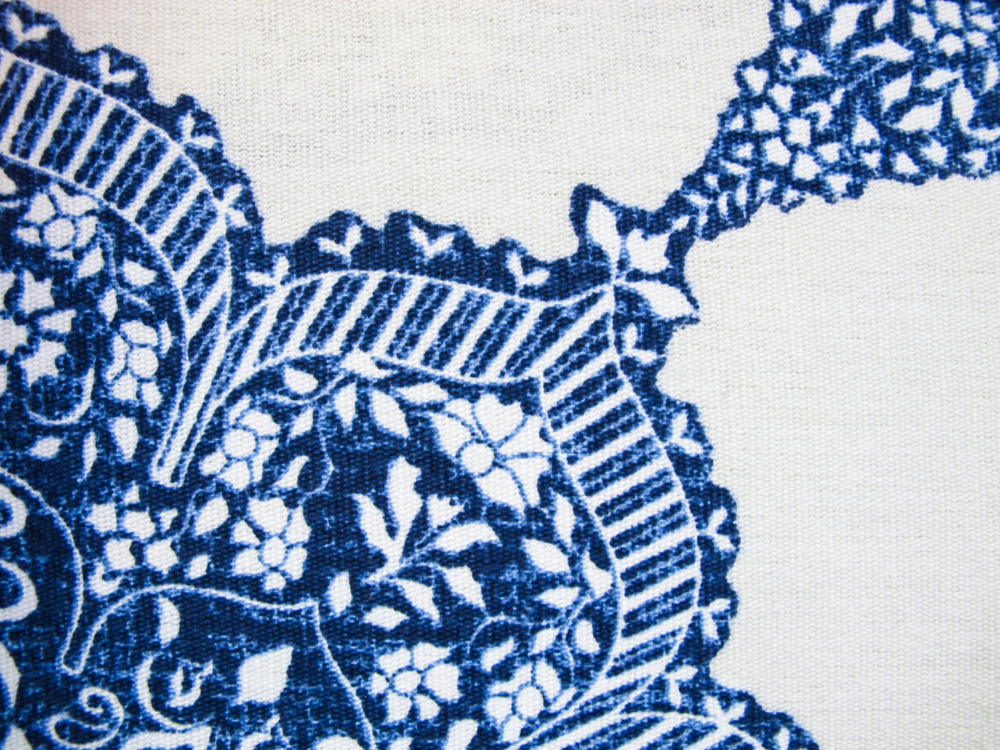 This Jacobean-inspired print is a classic, rendered in bold indigo on an ivory field.  There are few punchy pop colors we'd hesitate to mix with this beauty.