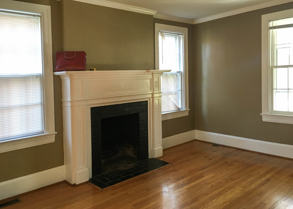 How do you decorate a small living room? Small living room layout ideas.